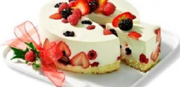 Mousse Light de Cream Cheese com Frutas Vermelhas