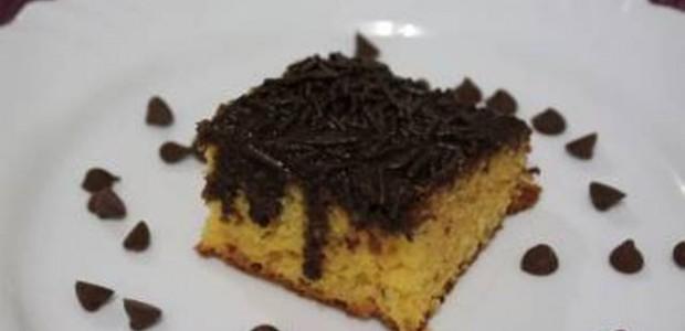 Bolo Cenoura com Maçã e Chocolate