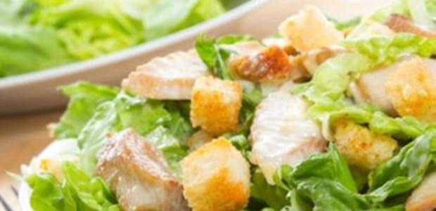 Salada Caesar Fácil