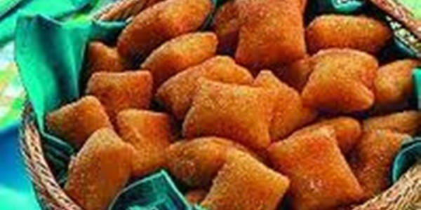 Empanados de Presunto com Queijo