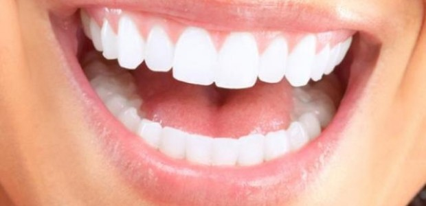 Dicas Caseiras para Clarear os Dentes Amarelos
