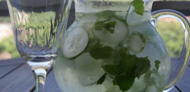 Água de Limão Pepino e Gengibre Emagrece