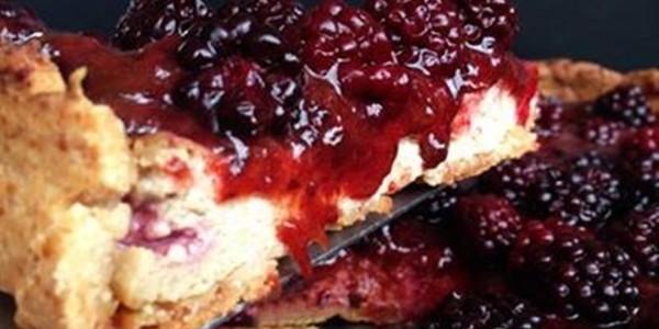 Cheesecake de Frutas Vermelhas Vegano