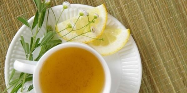 Chá de Cidreira com Limão