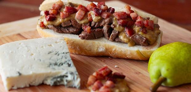 Receita Sanduíche de Carne ao Molho Gorgonzola