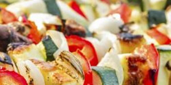 Espetinho de Legumes na Churrasqueira