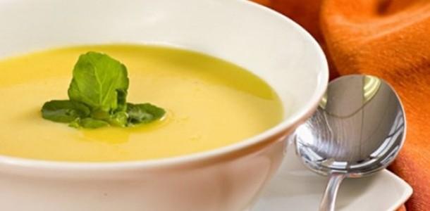 Receita Caldo de Mandioca com Gorgonzola
