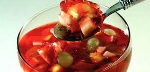 Salada de Frutas Com Gelatina