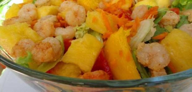 Salada Natalina com Camarões