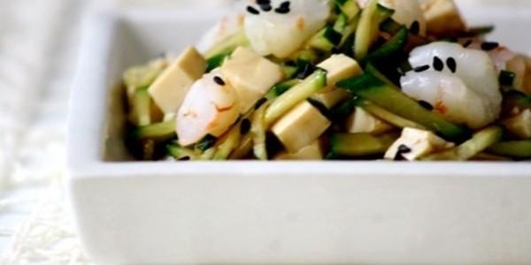 Salada de Camarão com Tofu