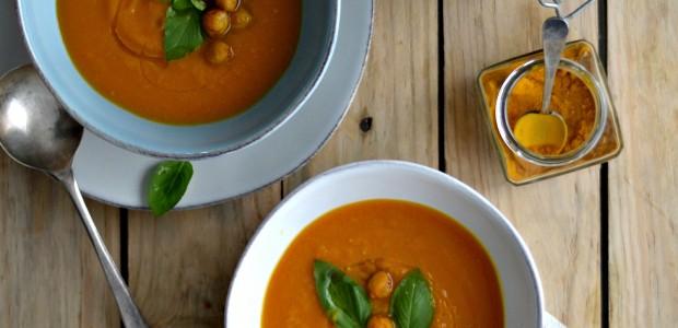 Sopa de Batata Doce com Grão de Bico