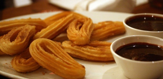 Churros com Chocolate Quente
