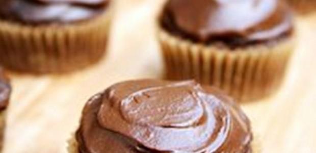 Cupcake de Chocolate com Abacate