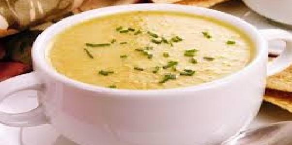 Sopa Cremosa de Frango Fácil