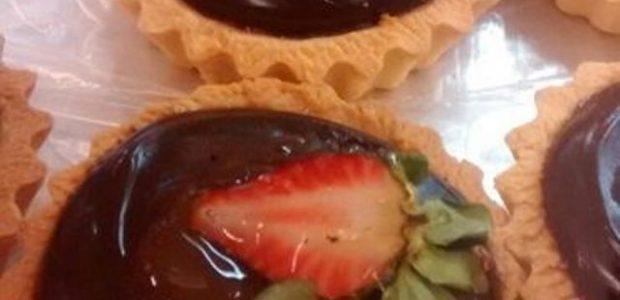 Casquinha de Chocolate com Morango