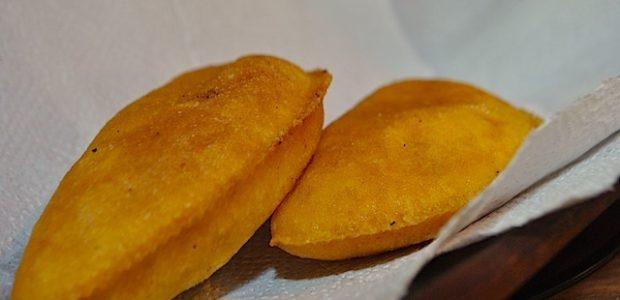 Pastel de Carne Frito