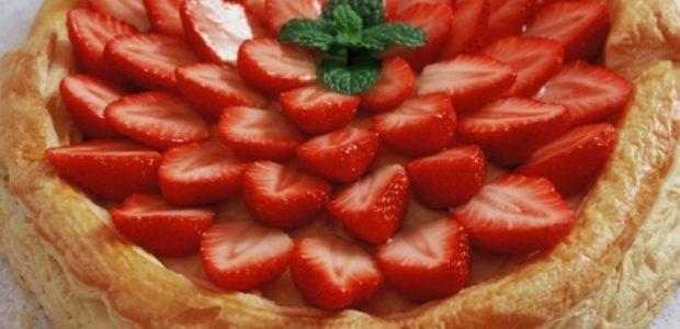 Torta Folhada de Morango