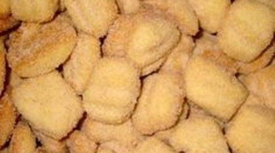 Bolinho de trigo Frito