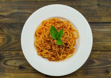 Spaguethi Clássico com molho de tomate